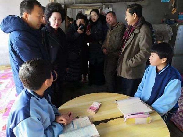 刘杰等哈尔滨市再生资源界企业人士积极助力精准扶贫